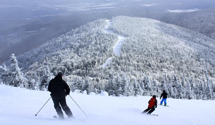jay-peak-vermont-gay-ski-trip-skiing-snowboarding_1-19[1]